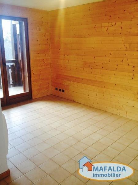 Rental apartment Mont saxonnex 390€ CC - Picture 3