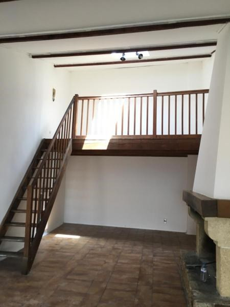Rental house / villa Ventabren 1 500€ CC - Picture 4