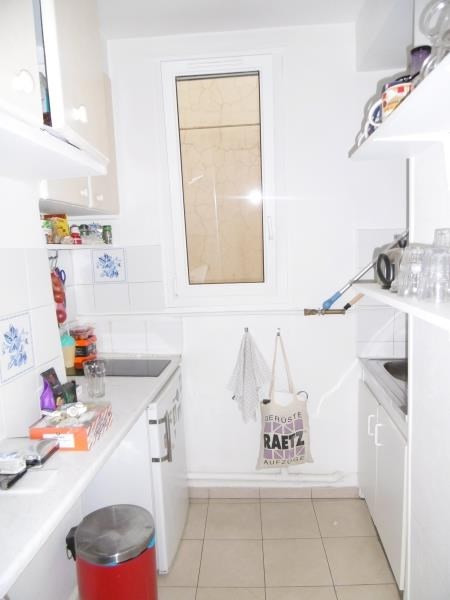 Rental apartment Levallois 850€ CC - Picture 3