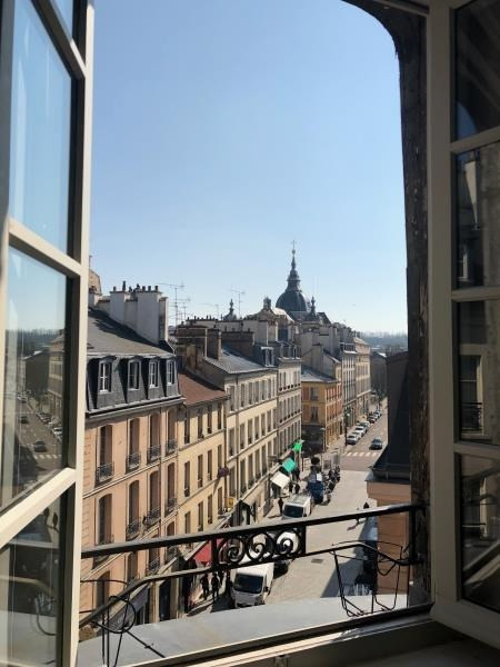 Vente appartement Versailles 690000€ - Photo 2