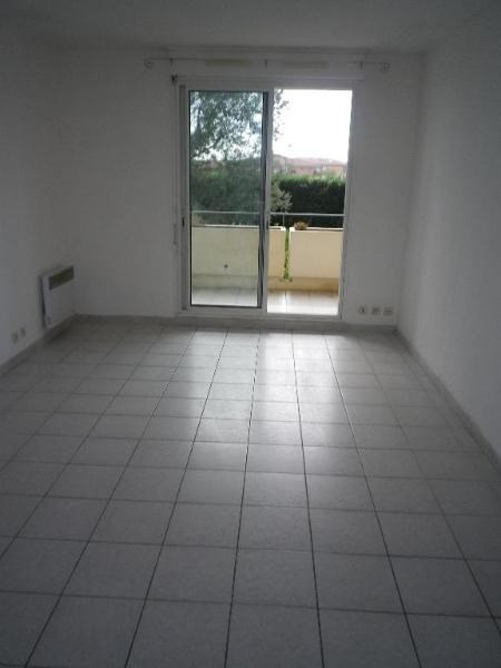 Location appartement Aix en provence 790€ CC - Photo 2
