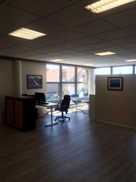 Rental office Colombes 1325€ HT/HC - Picture 7