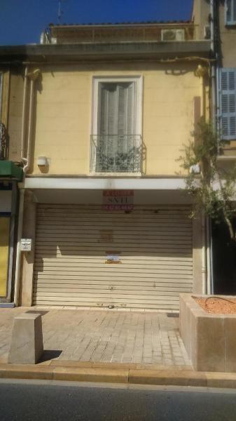Location bureau Marignane 937€ CC - Photo 1
