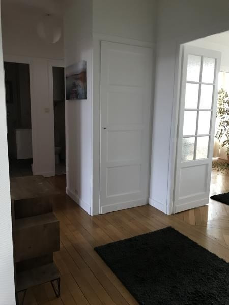 Location appartement Annecy 1 100€ CC - Photo 3