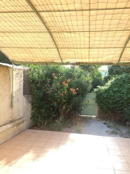 Location appartement Eguilles 995€ CC - Photo 2