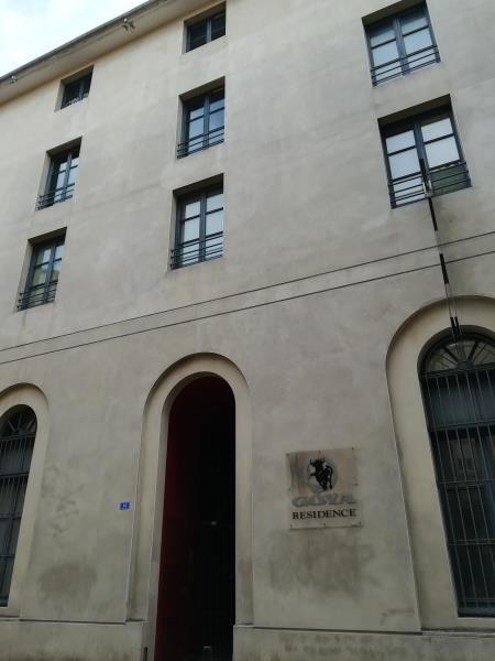 Affitto appartamento Nimes 430€ CC - Fotografia 3