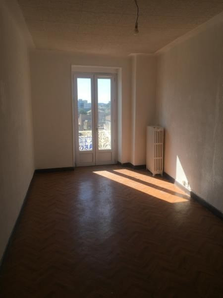 Location appartement Nimes 491€ CC - Photo 3