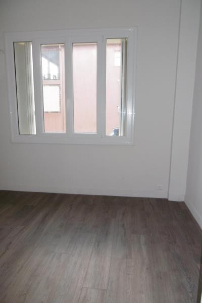 Rental apartment Aix en provence 1 010€ CC - Picture 4