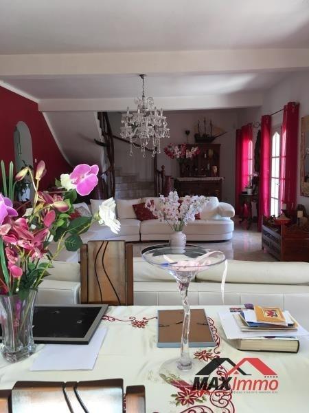 Vente maison / villa Ste suzanne 495000€ - Photo 2