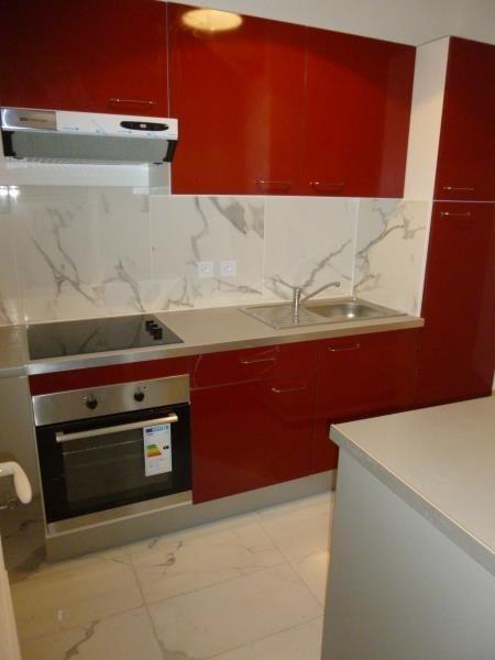 Sale apartment Paris 3ème 660000€ - Picture 2