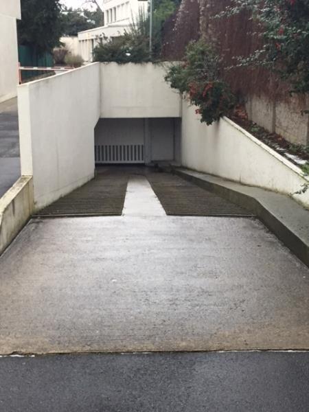 Sale parking spaces St maur des fosses 27000€ - Picture 3