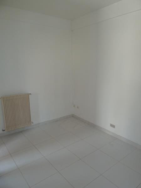 Rental apartment Acheres 595€ CC - Picture 4