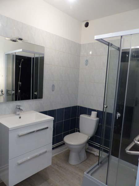 Location appartement Bourgoin jallieu 410€ CC - Photo 5