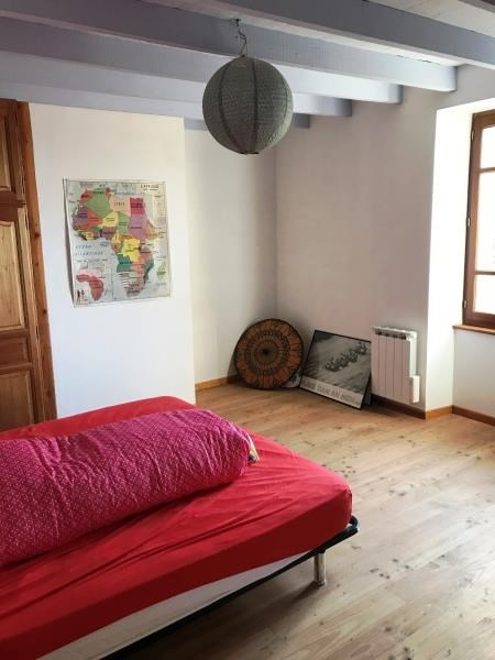 Location maison / villa Noailhac 730€ CC - Photo 4