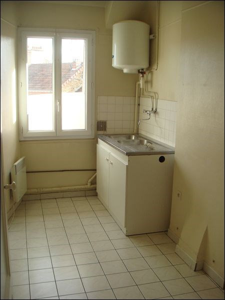 Rental apartment Savigny sur orge 615€ CC - Picture 2