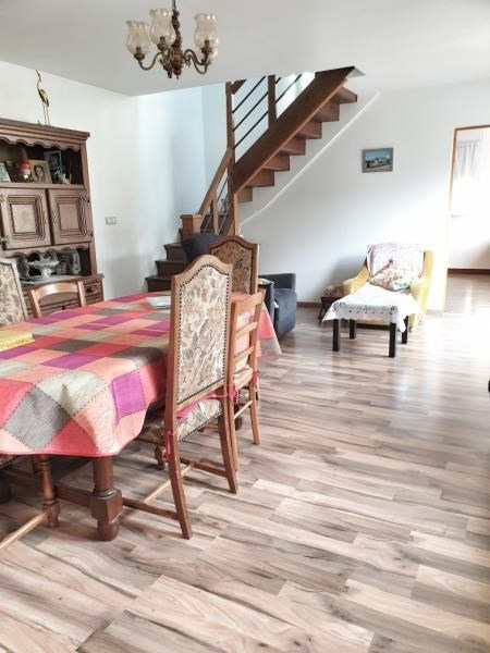 Sale house / villa Frepillon 382000€ - Picture 2