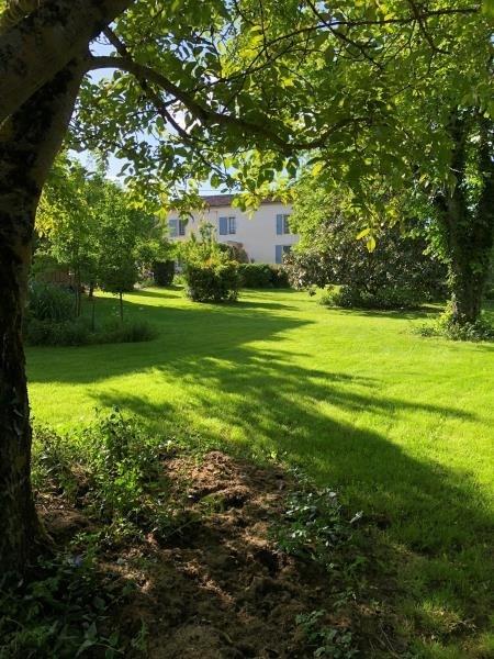Sale house / villa Langon 337600€ - Picture 1