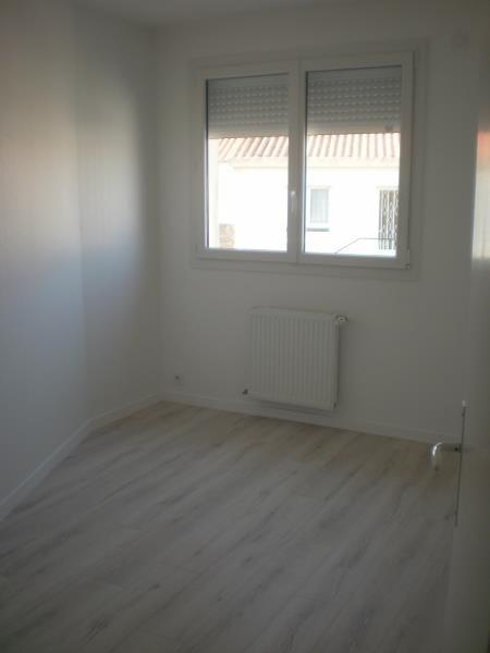 Location appartement Chateau d olonne 790€ CC - Photo 9