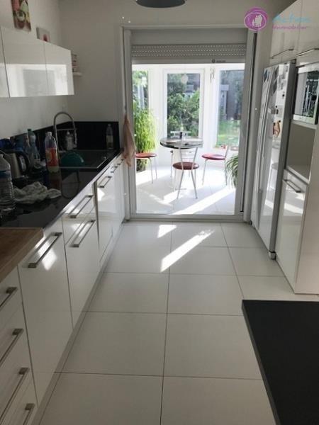 Sale house / villa Lesigny 504000€ - Picture 6