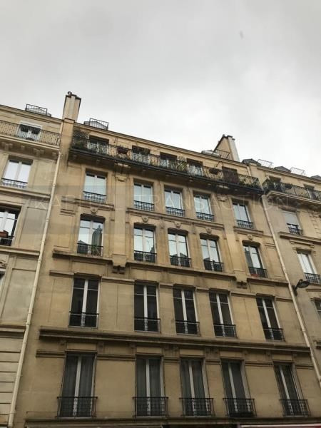 Vente appartement Paris 10ème 550000€ - Photo 1