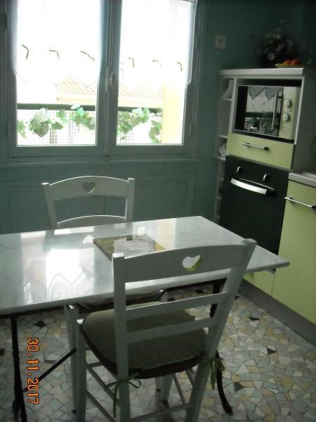 Rental apartment Vichy 220€ CC - Picture 3