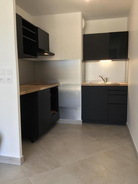 Location appartement Aix en provence 917€ CC - Photo 4