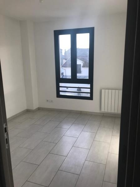 Location appartement Montreuil 1020€ CC - Photo 4