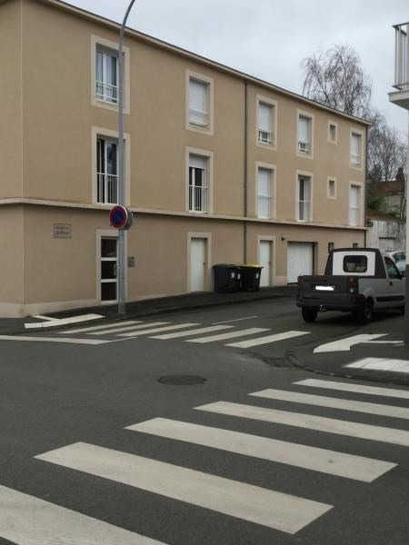 Rental parking spaces La roche sur yon 65€ CC - Picture 1