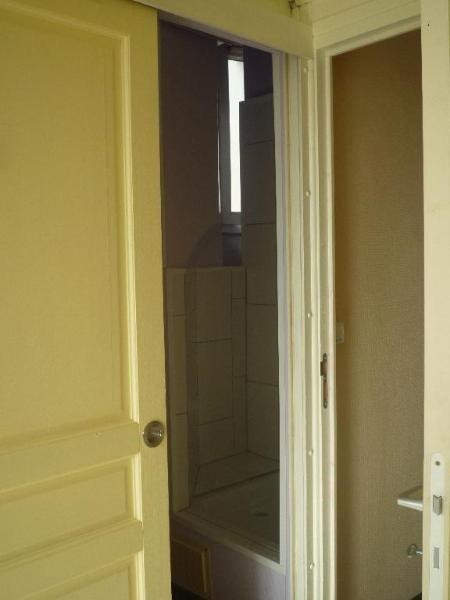 Location appartement Lyon 8ème 546€ CC - Photo 5