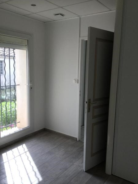 Location appartement Meyrargues 651€ CC - Photo 6