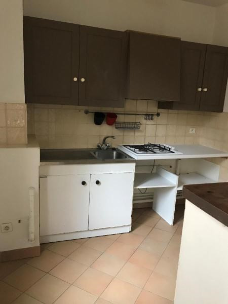 Location appartement Aix en provence 809€ CC - Photo 6