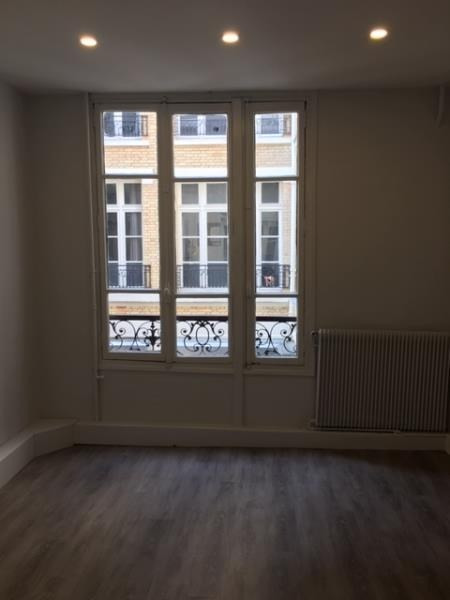 Location bureau Paris 10ème 10 000€ HT/HC - Photo 7