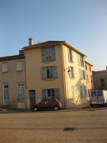 Location appartement Saint marcel de felines 260€ CC - Photo 1