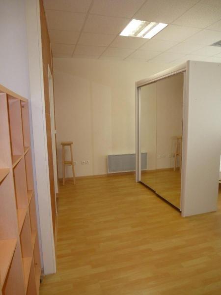 Rental apartment Romans sur isere 310€ CC - Picture 2
