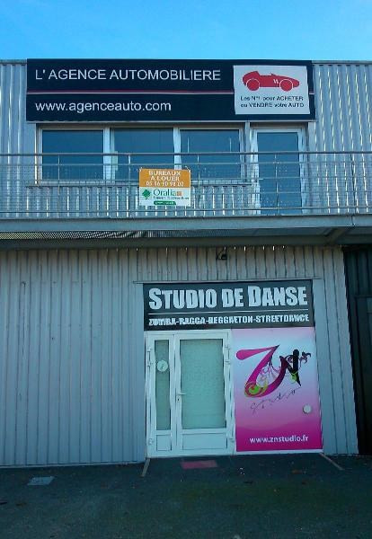 Location boutique Merignac 2 616€ CC - Photo 1