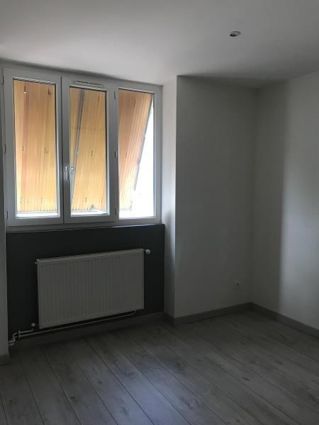 Affitto casa Ourches 945€ CC - Fotografia 7