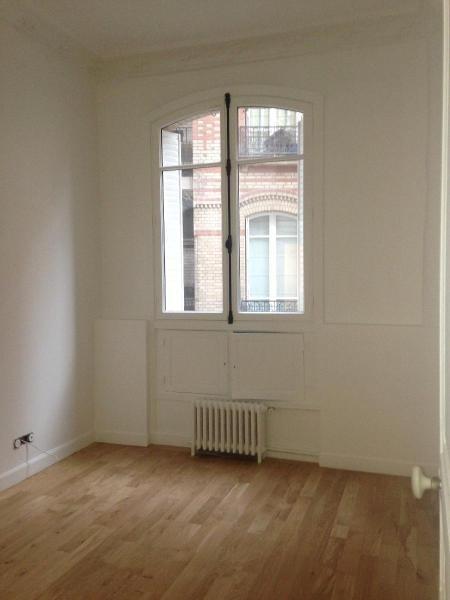 Location appartement Paris 17ème 7960€ CC - Photo 8