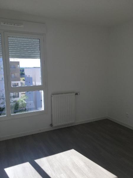 Rental apartment Vaulx en velin 647€ CC - Picture 5