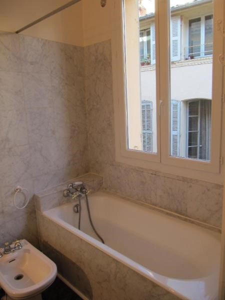 Location appartement Aix en provence 860€ CC - Photo 4