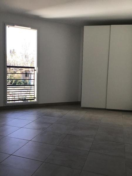 Location appartement Aix en provence 917€ CC - Photo 6