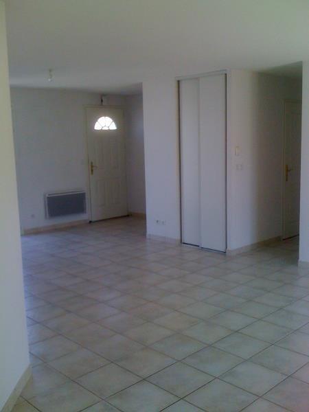 Vente maison / villa St seurin sur l isle 139800€ - Photo 4