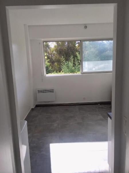 Location appartement Vallauris 550€ CC - Photo 2
