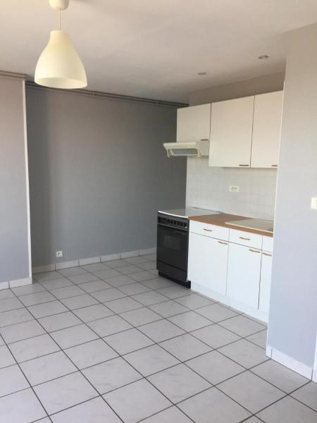 Location appartement Vichy 405€ CC - Photo 2