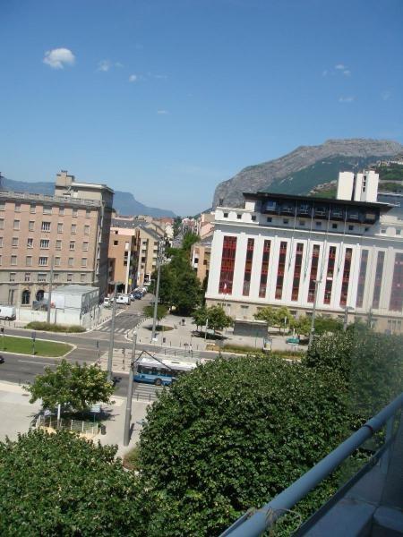 Location appartement Grenoble 892€ CC - Photo 8