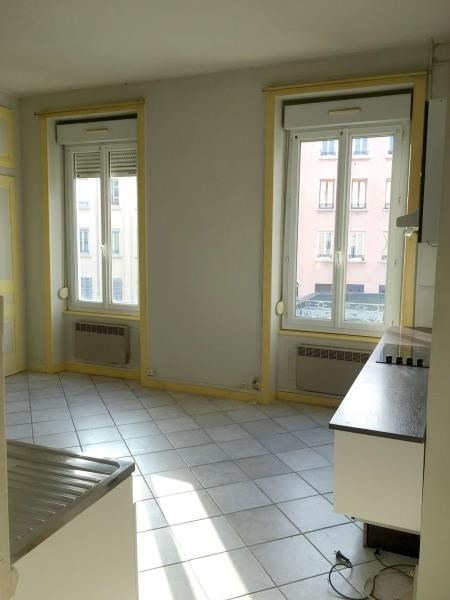 Sale apartment Lyon 3ème 135000€ - Picture 3