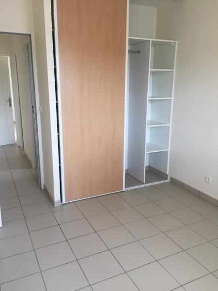 Rental apartment St jean d illac 850€ CC - Picture 4