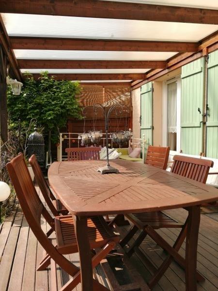 Sale house / villa Fontenay le fleury 379000€ - Picture 2