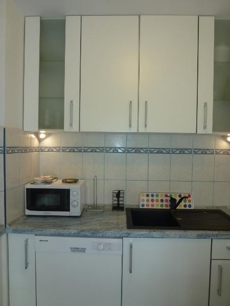 Rental apartment Fontainebleau 1 100€ CC - Picture 3