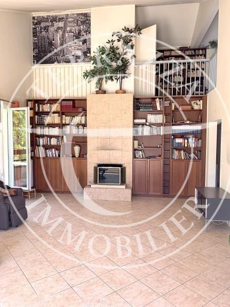 Sale apartment Louveciennes 660000€ - Picture 8