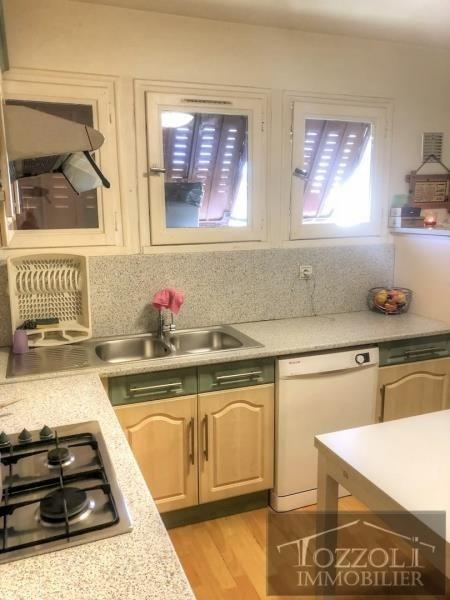 Sale house / villa La verpilliere 210000€ - Picture 3